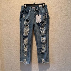 NWT, Hot Kiss ripped/distressed jeans, size 6